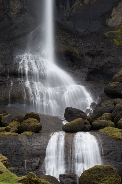 iceland_waterfall_detail.jpg