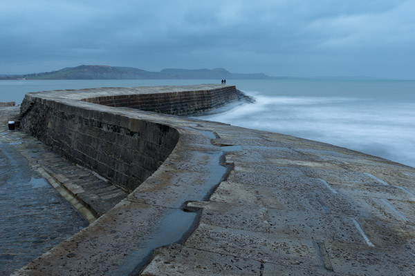 the_cobb_at_lyme_regis.jpg