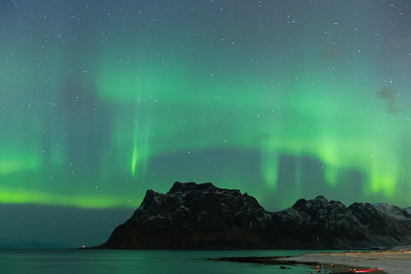 aurora_circles_in_the_sky.jpg